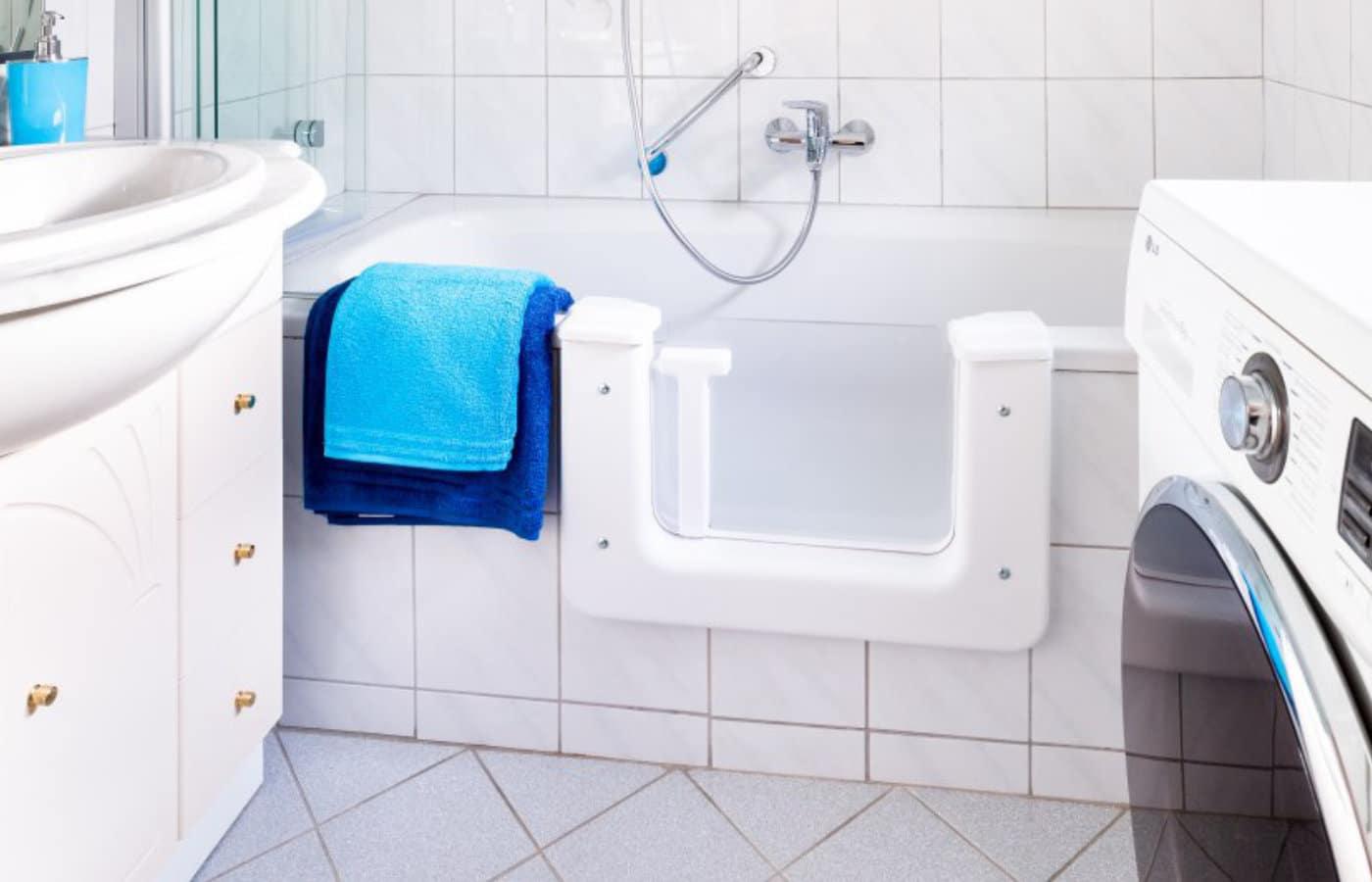 Fachgerechter Einbau der Badewannentür
